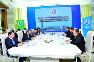 Representatives of Littoral Nations' Economic Agencies Discuss Aspects of Cooperation