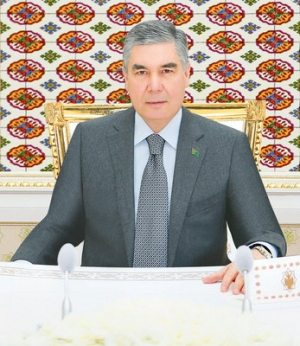 Telephone conversation between the President of Turkmenistan and the Emir of the State of Qatar